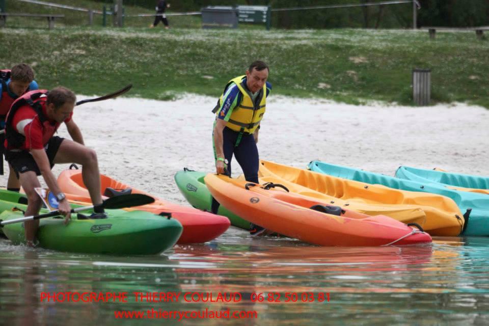 Bibi-lolo choisit un kayak