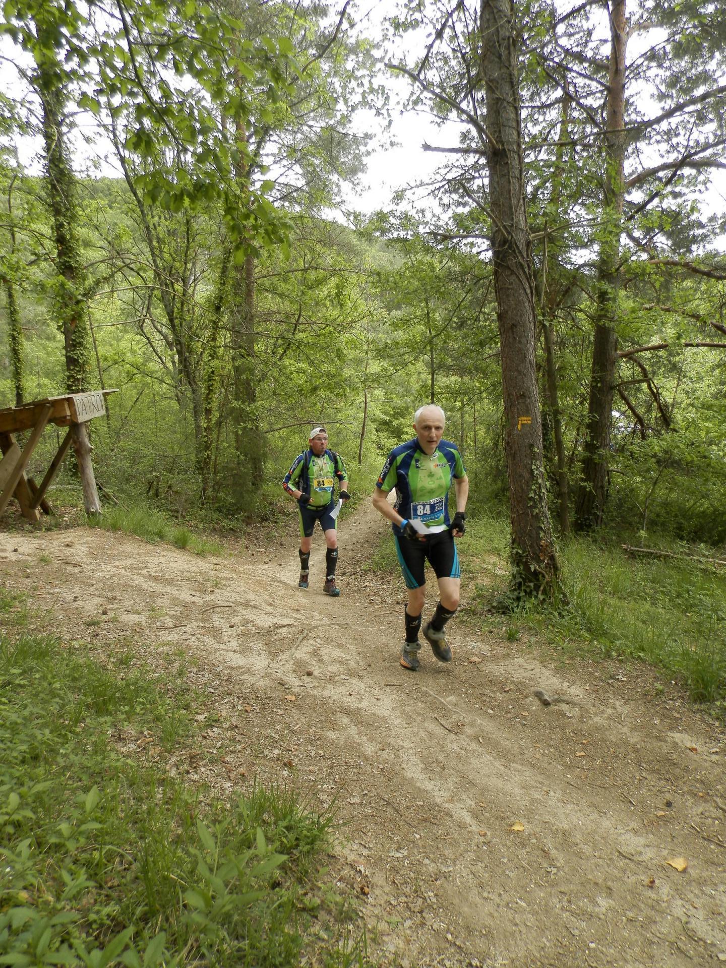 Jean-Marie et Thomas à la peine dans le trail