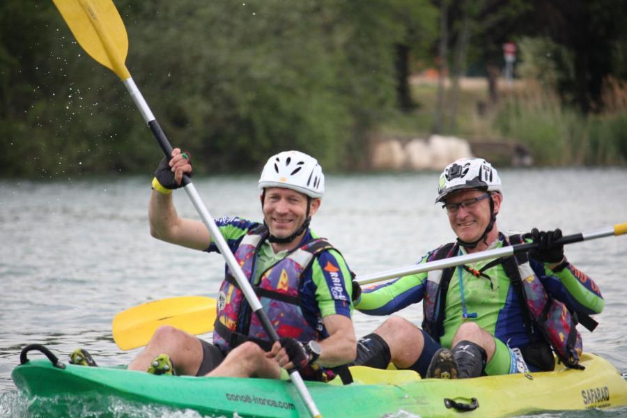 Corentin et steph en canoe ter